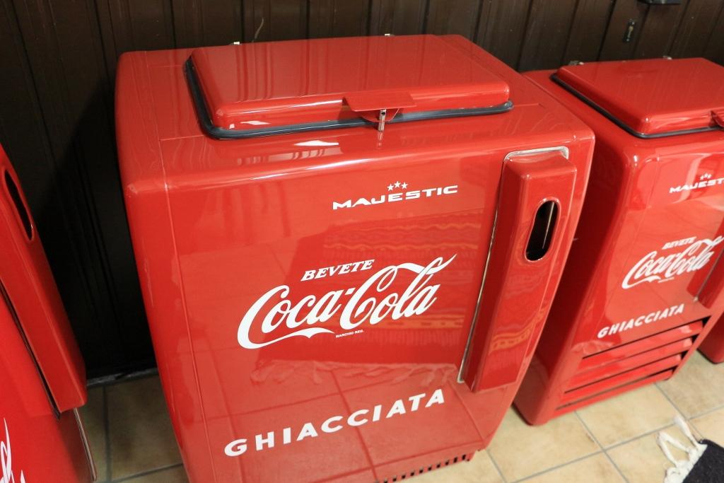Ghiacciaia Majestic Coca Cola medio