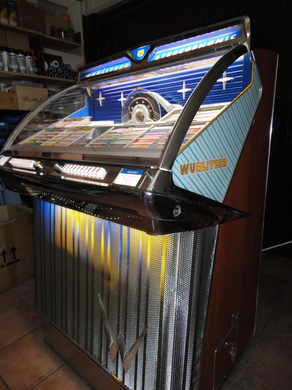 2300 Jukebox Lanfredi