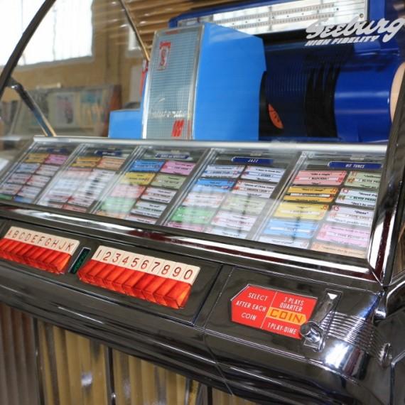 jukebox seeburg HF100R
